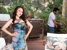 Red-hot HORNY HOUSEWIFE Claudia receives ass-fucked by the gardener